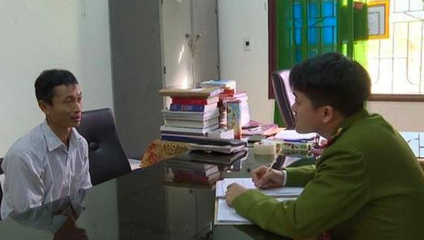 Đối tượng Thúy tại cơ quan chức năng. - Sputnik Việt Nam