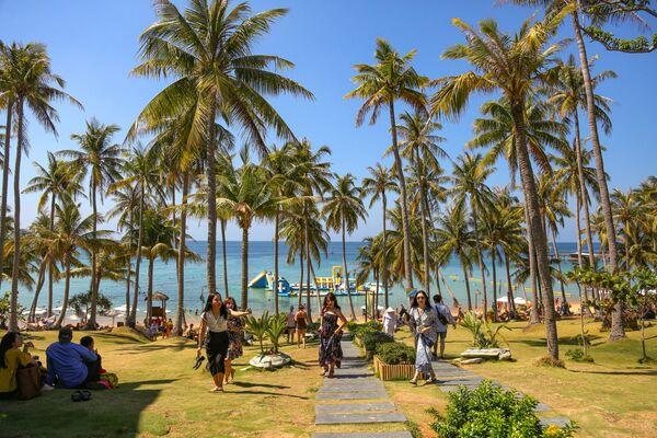 Bãi biển trên Hòn Thơm, Phú Quốc, Việt Nam - Sputnik Việt Nam