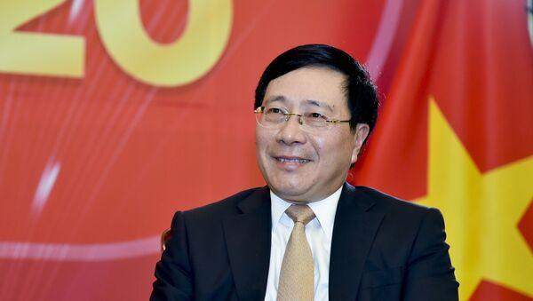 Phó Thủ tướng, Bộ trưởng Bộ Ngoại giao Phạm Bình Minh trả lời phỏng vấn về hoạt động đối ngoại.  - Sputnik Việt Nam