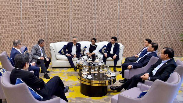 Các Bộ trưởng Ngoại giao trước khi vào Hội nghị hẹp các Bộ trưởng Ngoại giao ASEAN.  - Sputnik Việt Nam