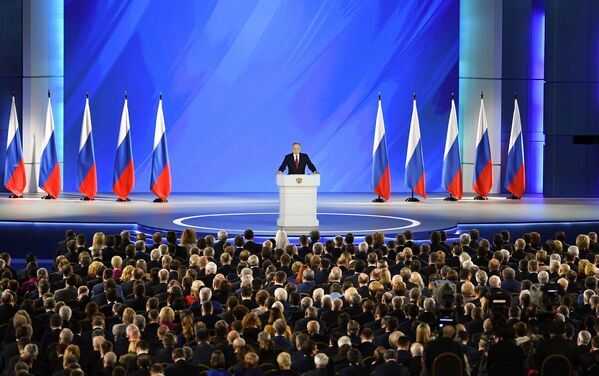 Tổng thống Nga Vladimir Putin gửi thông điệp thường niên tới Quốc hội Liên bang - Sputnik Việt Nam