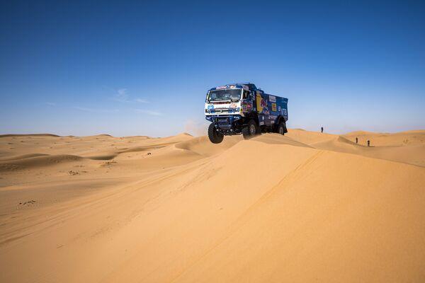 Đội KAMAZ-master tham gia cuộc đua xe «Dakar 2020» tại Arabia Saudi - Sputnik Việt Nam