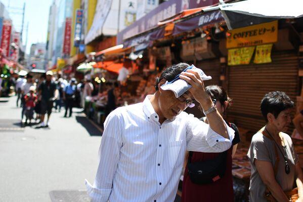 Ngày nóng bức ở Tokyo. 7 tháng 8 năm 2019 - Sputnik Việt Nam