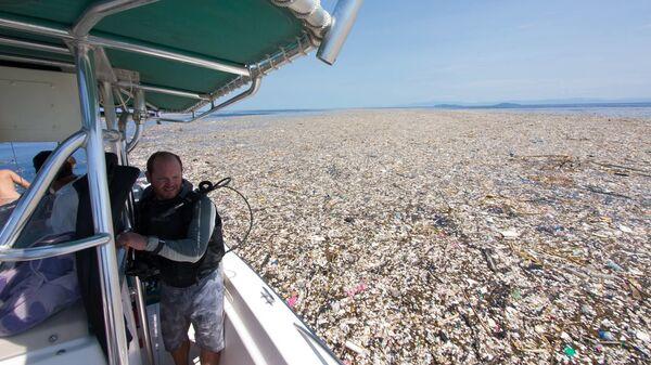 Пластиковый мусор в море у Карибских островов - Sputnik Việt Nam