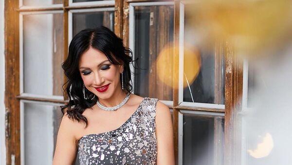 Ksenia Verbitskaya đã trở thành tân «Mrs. Universe - 2020». - Sputnik Việt Nam