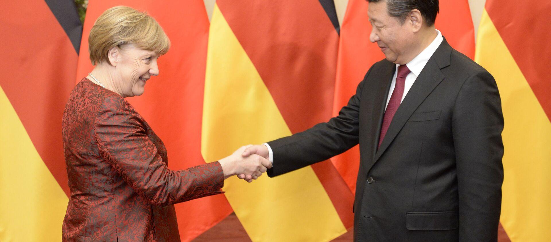 Bà Merkel và ông Tập Cận Bình. - Sputnik Việt Nam, 1920, 23.07.2020