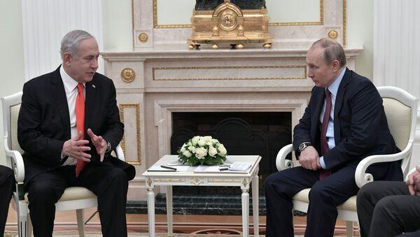 Tổng thống Nga Vladimir Putin và Thủ tướng Israel Benjamin Netanyahu - Sputnik Việt Nam