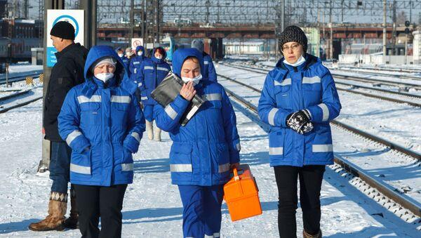 Dịch vụ y tế tại nhà ga đường sắt Irkutsk-Hành khách - Sputnik Việt Nam