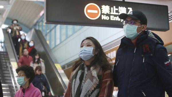 Những người đeo khẩu trang tại Đài Bắc, Đài Loan - Sputnik Việt Nam