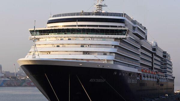 Tàu du lịch Westerdam tại cảng Vladivostok - Sputnik Việt Nam