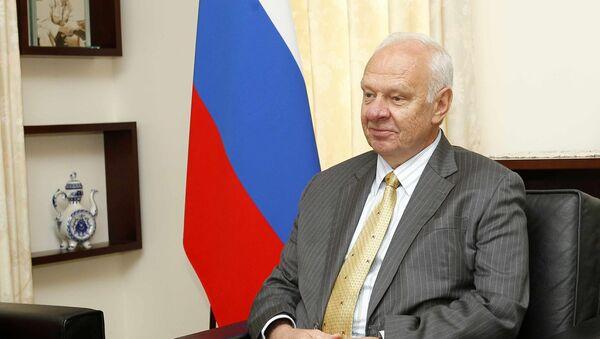 Đại sứ đặc mệnh toàn quyền Liên bang Nga tại Cộng hòa xã hội chủ nghĩa Việt Nam Konstantin Vnukov. - Sputnik Việt Nam