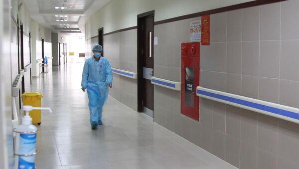 Khoa truyền nhiễm là khu điều trị riêng biệt cho các trường hợp nghi ngờ nhiễm COVID-19 tại bệnh viện đa khoa tỉnh Lạng Sơn. - Sputnik Việt Nam