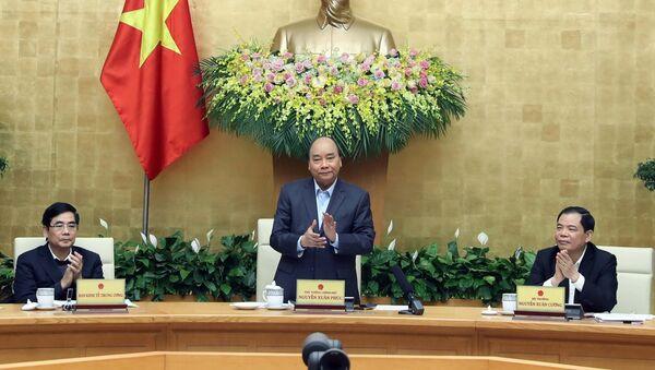 Thủ tướng Nguyễn Xuân Phúc chủ trì hội nghị. - Sputnik Việt Nam