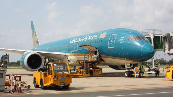 Máy bay của Vietnam Airlines bay chặng Incheon - Tân Sơn Nhất chuyển hướng hạ cánh xuống sân bay Cần Thơ. - Sputnik Việt Nam