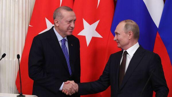 Cuộc gặp giữa Tổng thống Nga Vladimir Putin và Tổng thống Thổ Nhĩ Kỳ Recep Tayyip Erdogan tại Điện Kremlin, Matxcơva  - Sputnik Việt Nam