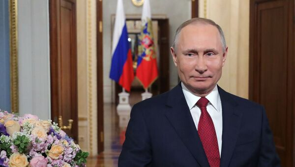 Tổng thống Putin chúc mừng ngày 8 tháng 3 - Sputnik Việt Nam