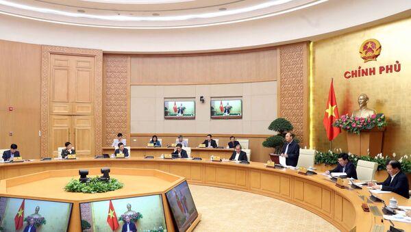 Thủ tướng Nguyễn Xuân Phúc chủ trì phiên họp. - Sputnik Việt Nam