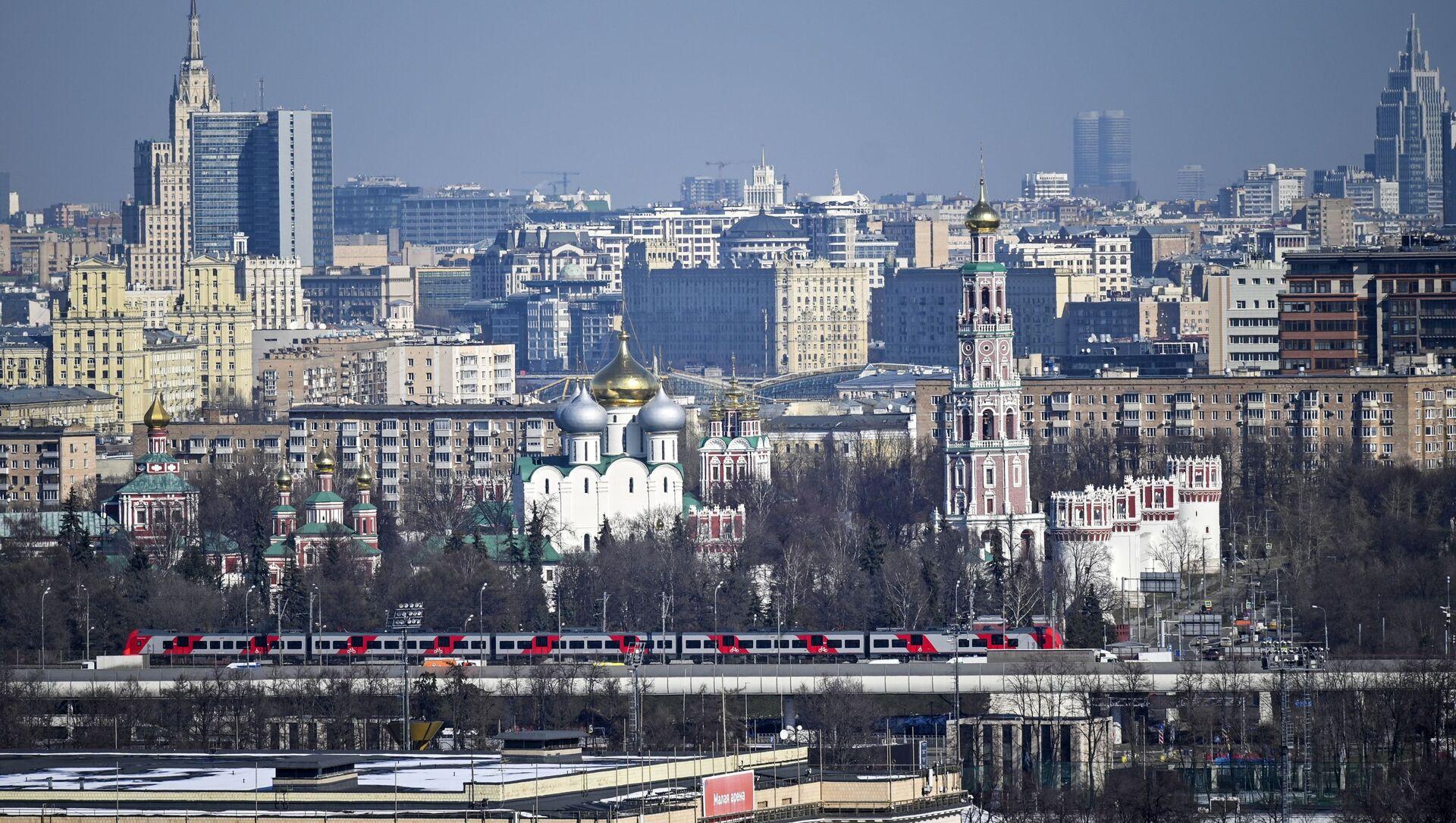 Quang cảnh từ đài quan sát trên Đồi Chim sẻ (Vorobyovy Gory) ở Moskva - Sputnik Việt Nam, 1920, 28.03.2021