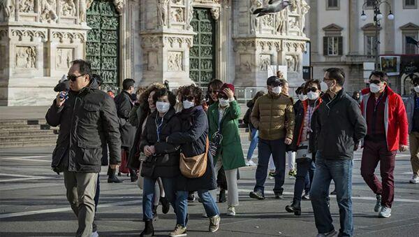 Khách du lịch đeo mặt nạ ở Ý trong coronavirus - Sputnik Việt Nam