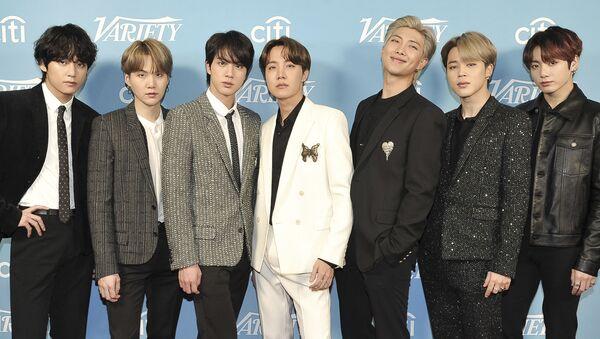 Nhóm k-pop BTS của Hàn Quốc - Sputnik Việt Nam