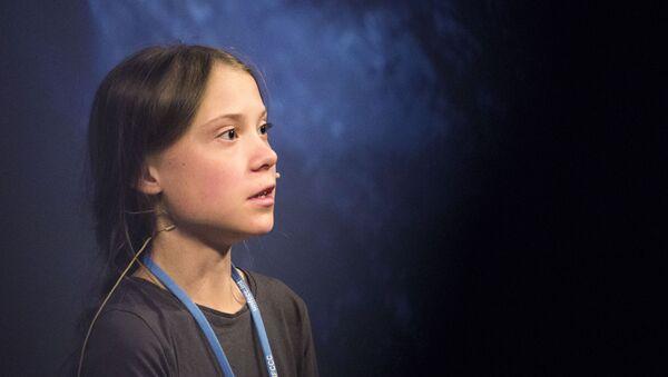 Nhà hoạt động người Thụy Điển Greta Thunberg tại một cuộc họp báo trước cuộc biểu tình về khí hậu Tháng ba vì khí hậu ở Madrid - Sputnik Việt Nam