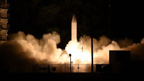 Cơ quan lướt sóng Hypersonic Rocket thông thường của Hoa Kỳ (C-HGB) - Sputnik Việt Nam