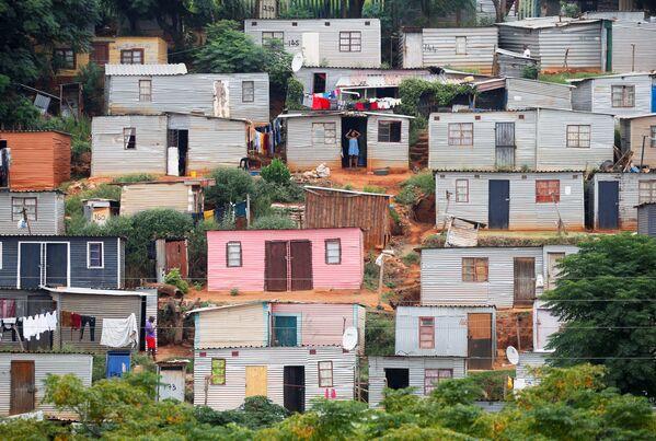Nhà ở tại Umlazi, gần Durban (Nam Phi) trong giai đoạn cách ly do đại dịch coronavirus  - Sputnik Việt Nam