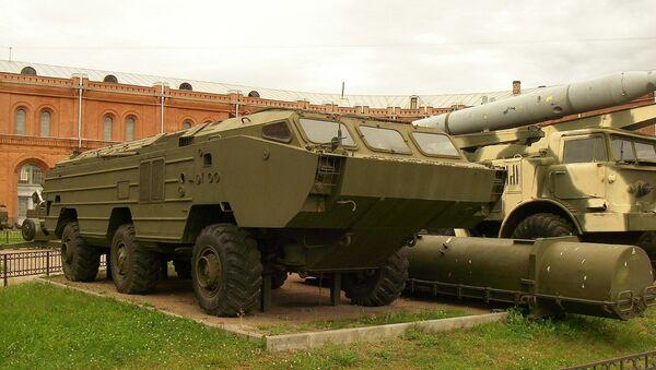 Xe đặc chủng bánh hơi BAZ-5921 - Sputnik Việt Nam