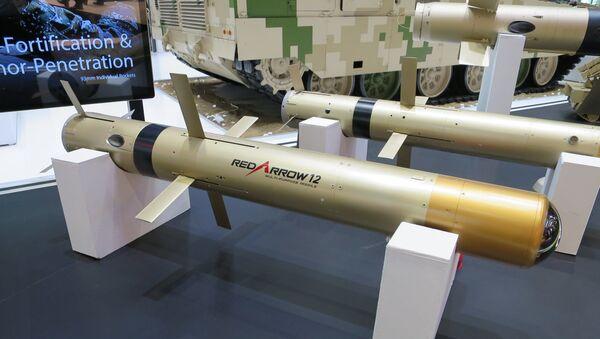 Hệ thống tên lửa chống tăng thế hệ thứ ba Trung Quốc HJ-12 - Sputnik Việt Nam