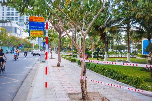 Công viên bờ biển đóng cửa ở thành phố nghỉ mát Nha Trang ở Việt Nam - Sputnik Việt Nam