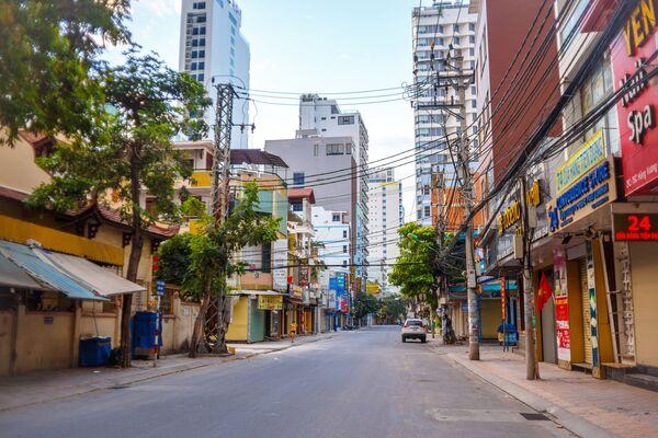 Đường phố vắng vẻ ở thành phố nghỉ mát Nha Trang, Việt Nam - Sputnik Việt Nam