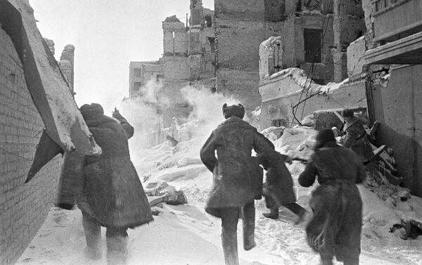 Stalingrad, tháng 12 năm 1942. Tấn công ngôi nhà - Sputnik Việt Nam