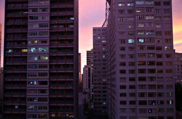 Những tòa nhà trên nền mặt trời lặn ở Sao Paulo, Brazil - Sputnik Việt Nam