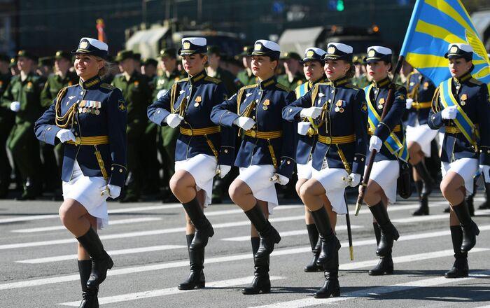 Các khối quân tại cuộc duyệt binh ở St. Petersburg kỷ niệm 73 năm Chiến thắng trong Chiến tranh Vệ quốc vĩ đại