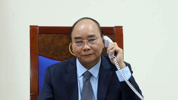 Thủ tướng Nguyễn Xuân Phúc điện đàm với Thủ tướng Chính phủ Liên bang Nga Mikhail Mishustin - Sputnik Việt Nam