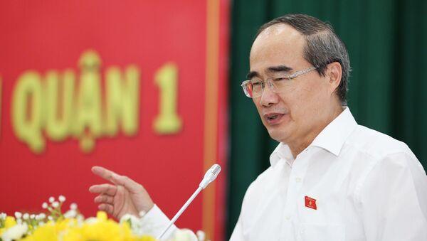 Ủy viên Bộ Chính trị, Bí thư Thành ủy TP HCM Nguyễn Thiện Nhân trả lời ý kiến cử tri quận 1 ngày 6-5 - Sputnik Việt Nam