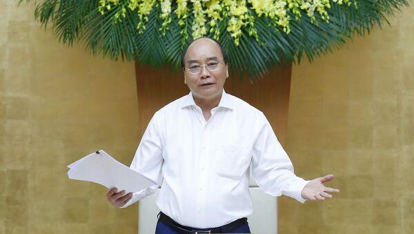 Thủ tướng Nguyễn Xuân Phúc phát biểu tại buổi làm việc. - Sputnik Việt Nam