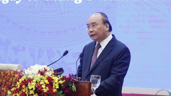 Thủ tướng Nguyễn Xuân Phúc phát biểu kết luận hội nghị - Sputnik Việt Nam