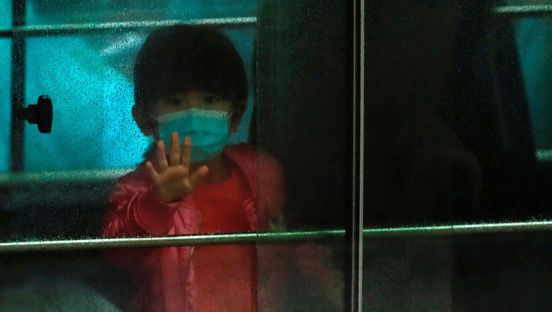 Trẻ em trong mặt nạ y tế - Sputnik Việt Nam, 1920, 13.08.2021