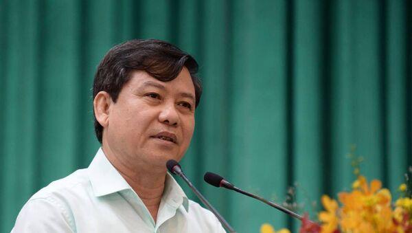 ĐBQH Lê Minh Trí phát biểu tại buổi tiếp xúc cử tri - Sputnik Việt Nam