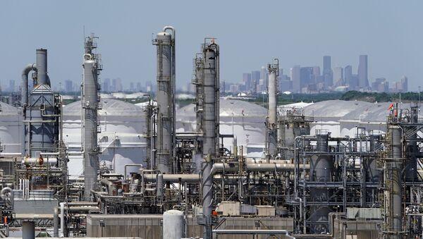 Nhà máy lọc dầu ở Houston, Texas, Hoa Kỳ - Sputnik Việt Nam
