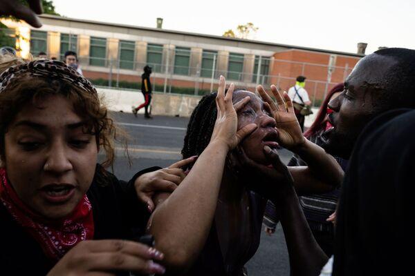 Người bị thương trong cuộc biểu tình ở Minneapolis - Sputnik Việt Nam