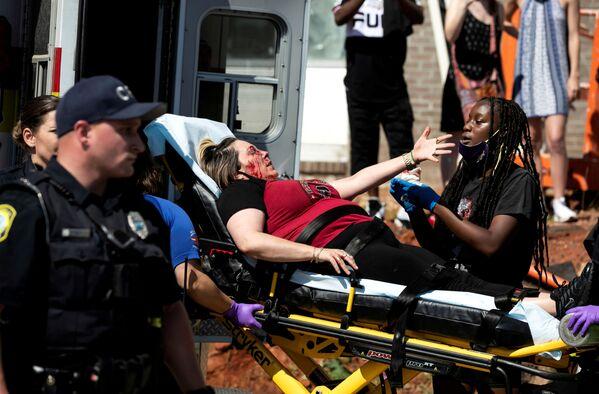 Người biểu tình bị thương ở Columbia, Hoa Kỳ - Sputnik Việt Nam
