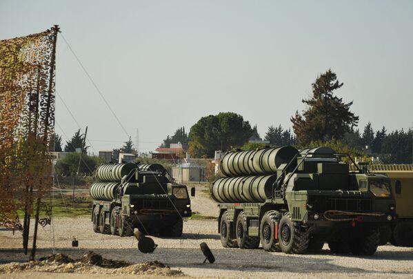 Hệ thống tên lửa – phòng không S-400 ở Syria - Sputnik Việt Nam