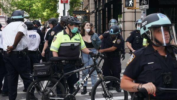 Bùng nổ biểu tình ở New York - Sputnik Việt Nam