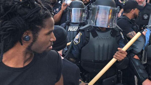 Cảnh sát tại Trung tâm CNN Atlanta trong các cuộc biểu tình - Sputnik Việt Nam