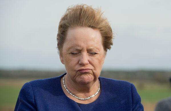 Thủ tướng Đức Angela Merkel trong một cơn gió mạnh, 2019 - Sputnik Việt Nam