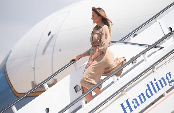 Đệ nhất phu nhân Mỹ Melania Trump đến Malawi, 2018 - Sputnik Việt Nam