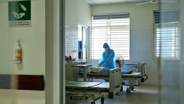 Khoa Vi rút - Ký sinh trùng (Bệnh viện Bệnh Nhiệt đới Trung ương cơ sở 2) hiện đang theo dõi và điều trị cho 5 bệnh nhân COVID-19. - Sputnik Việt Nam