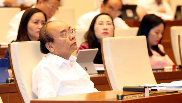Thủ tướng Nguyễn Xuân Phúc dự phiên họp sáng 13/6 - Sputnik Việt Nam